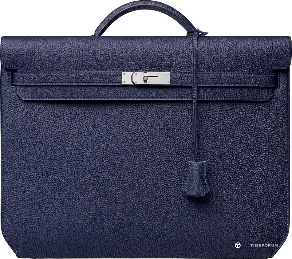 9. Kelly Depeches bag in Togo calfskin.jpg