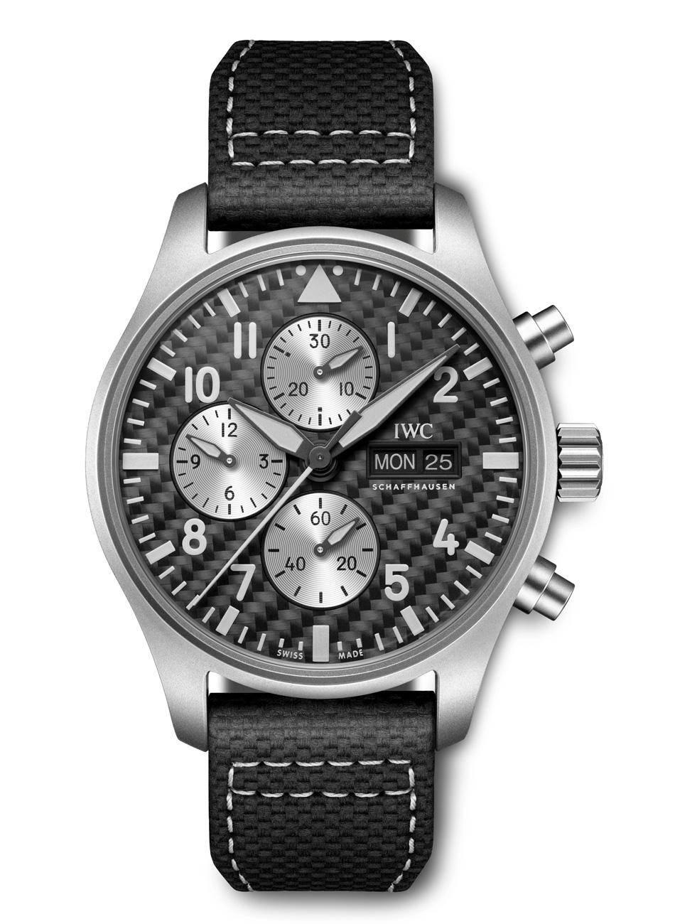 Pilot's-Watch-Chronograph-Edition-AMG-(2)_1.jpg