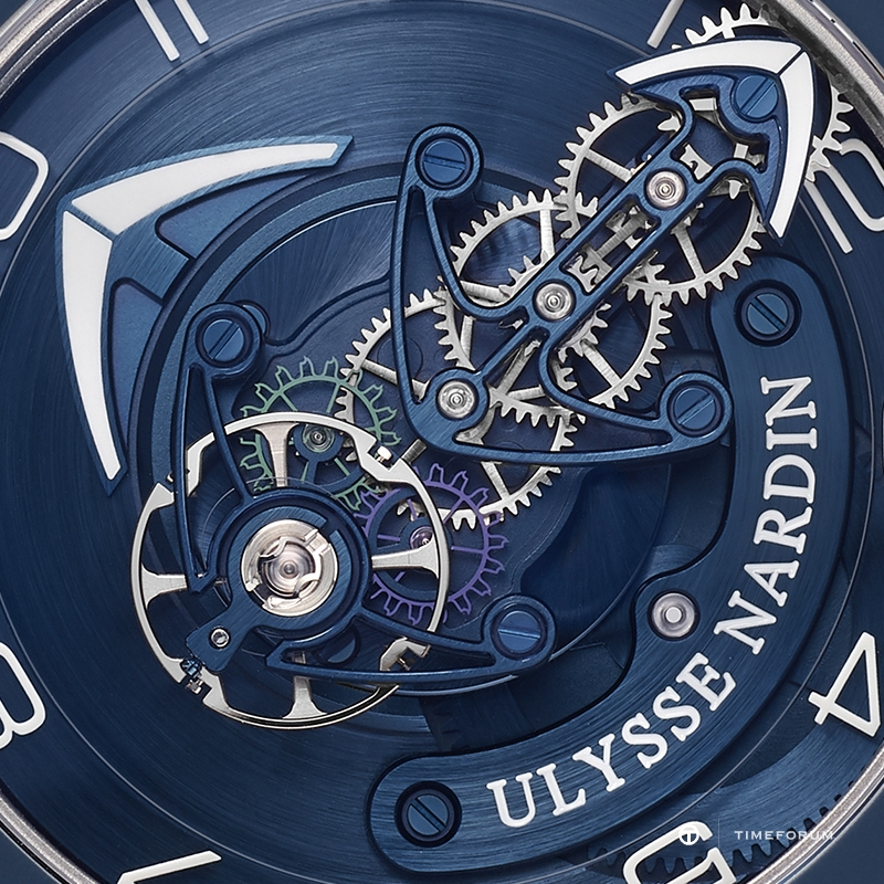 Original-JPG-Ulysse-Nardin_Freak-Out_of-the-Blue.jpg