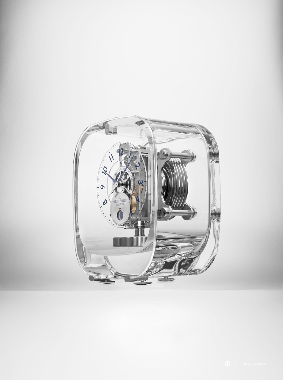 Atmos 568 by Marc Newson_Side view.jpg