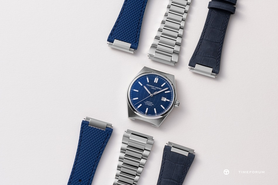 Frederique_Constant_FC-303N4NH6B_Straps_Photo©Eric_Rossier_SD.jpg