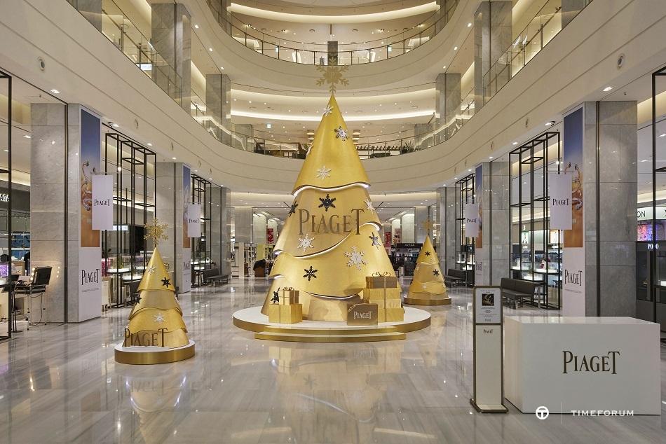 [보도자료] 피아제(PIAGET), 현대백화점 판교점 1층에 금빛 찬란한 트리 전시♥ (1).jpg