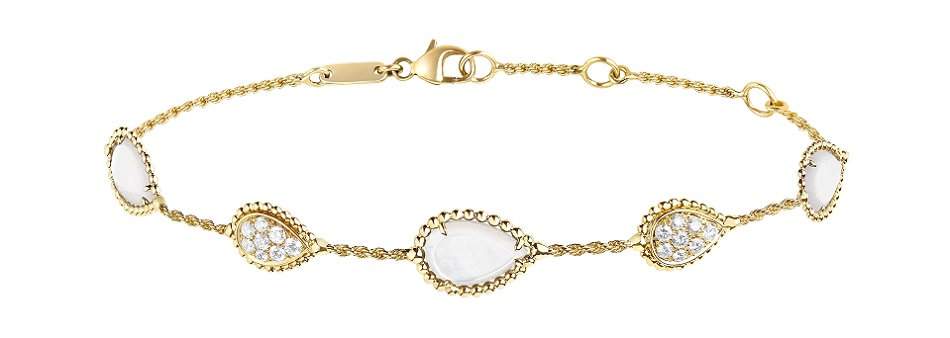 Boucheron - 5 motifs Serpent Bohème bracelet set with mother of pearl, paved with diamonds on yellow gold_re.jpg