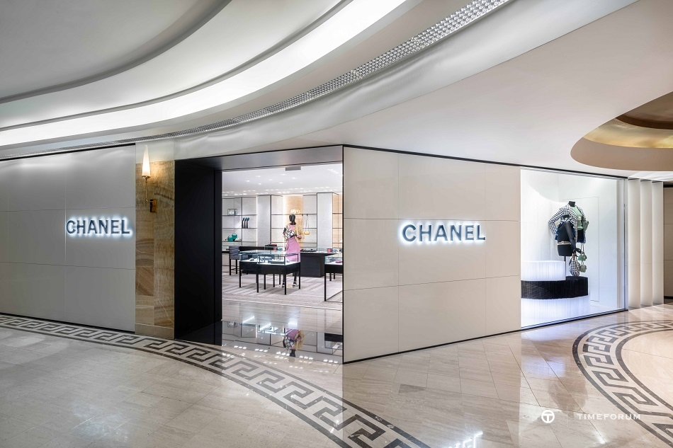 ccc-chanel-fashion-boutique-in-seoul-galleria-department-store-1st-floor-1.jpg