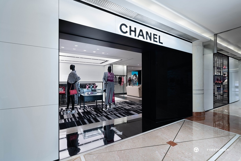 ccc-chanel-fashion-boutique-in-seoul-galleria-department-store-2nd-floor-6.jpg