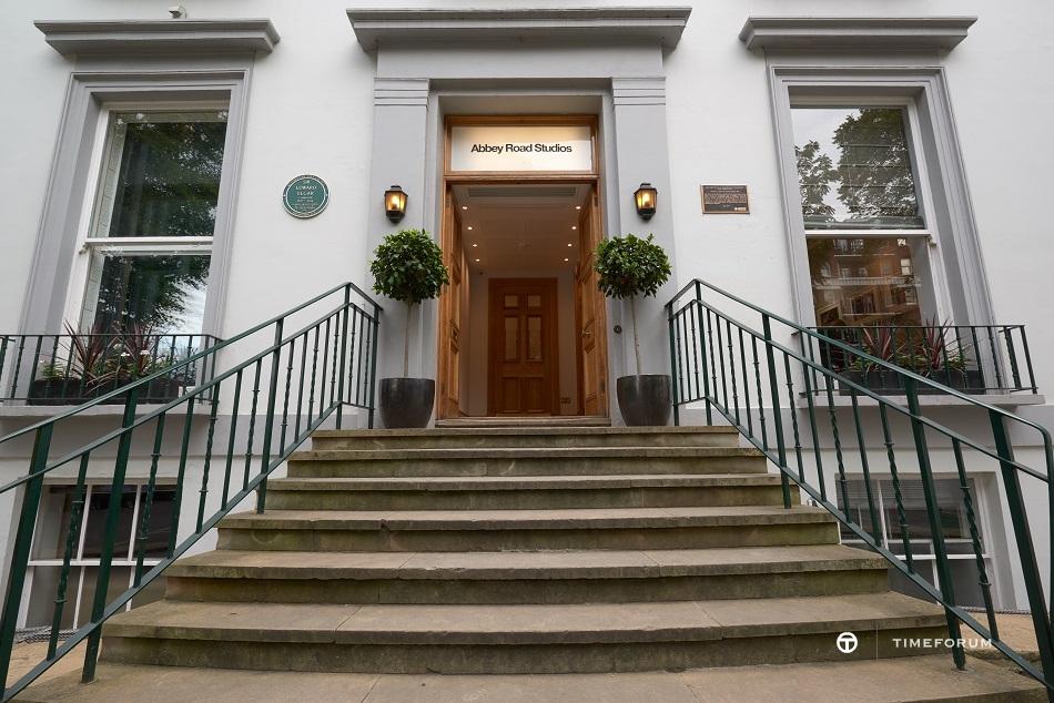 Abbey-Road-Studios-Entrance.jpg