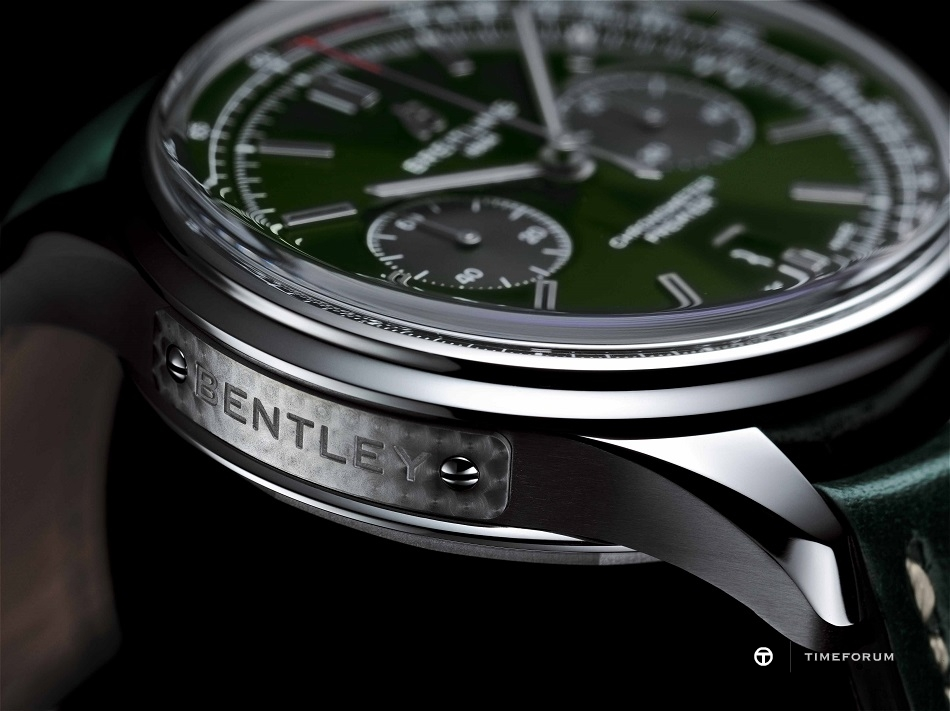 05_Premier_B01_Chronograph_42_Bentley_British_Racing_Green_with_a_British_racing_green_leather_strap.jpg