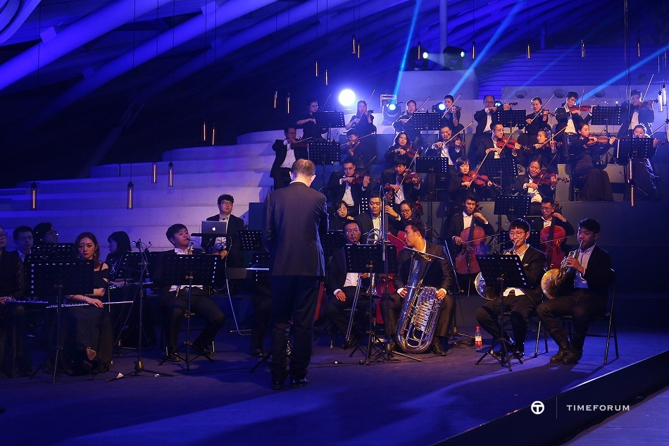Nov_20th_Breitling_Gala_Night_Beijing_Gala_Dinner_Performance_2.JPG