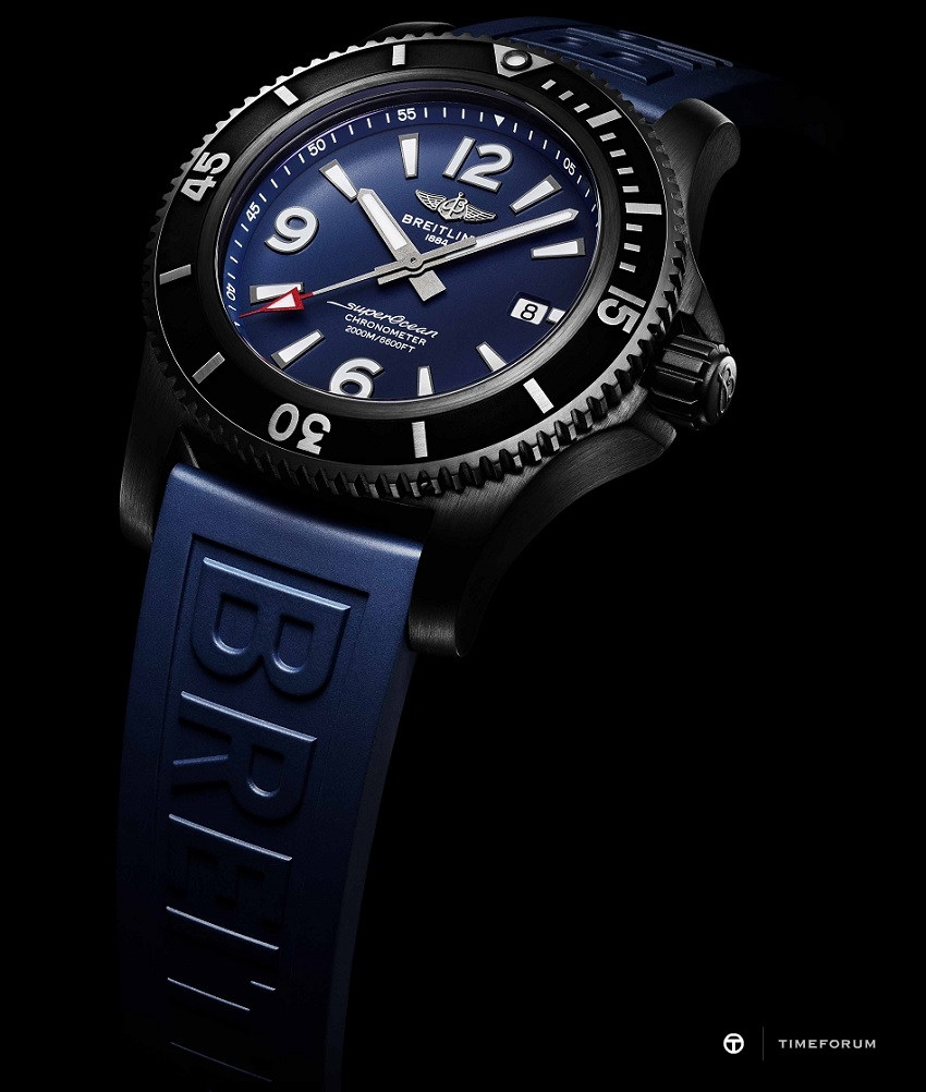 88-1-Superocean_46_in_black_steel_with_blue_dial_and_blue_Diver_Pro_III_rubber_strap_21703_19-03-19.jpg