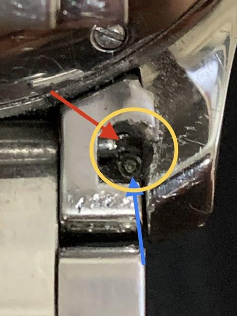 53446DC8-DAC3-4DC4-B1B1-D81DD31540CA.jpeg : 시계방에서 줄갈이하다 시계가 훼손됐어요.