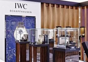 """IWC, 신세계 대구점에 팝업 스토어 오픈 + 포르토피노 크로노그래프 """"이승엽"""" 에디션 영상"""