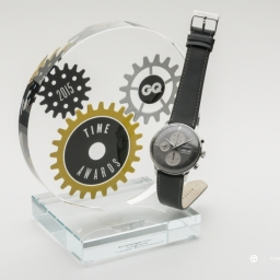 Junghans wins GQ Time Award 2015