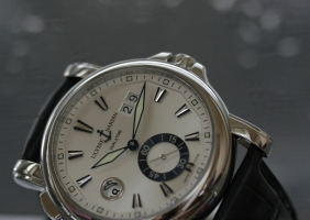 Ulysse Nardin Dual±Time 42 mm 리뷰
