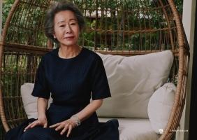 미국 아카데미 시상식을 빛낸 배우 윤여정과 쇼파드